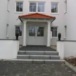 12 Familienhaus Eingang